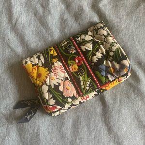 VERA BRADLEY • Small Wallet in Poppy Fields